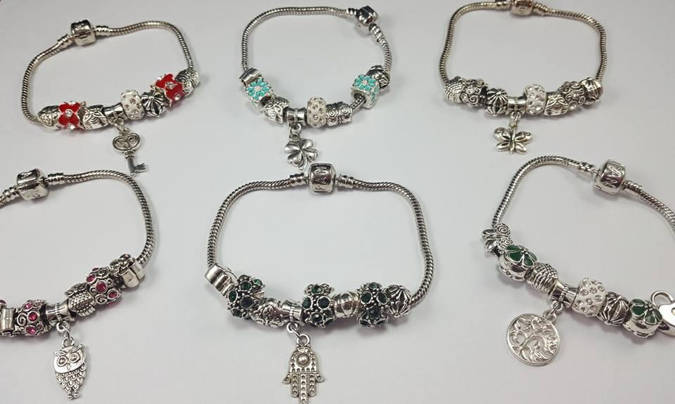 38d8ac142643 Pack x 6 pulseras Pandora fantasía (metal niquelado) 6 sobres de ...